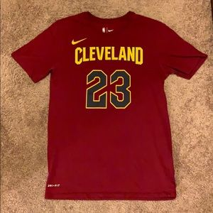 Lebron James Vintage Cleveland Cavs Shirt